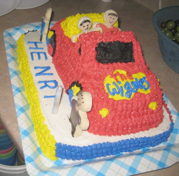 the wiggles big red car cake 07