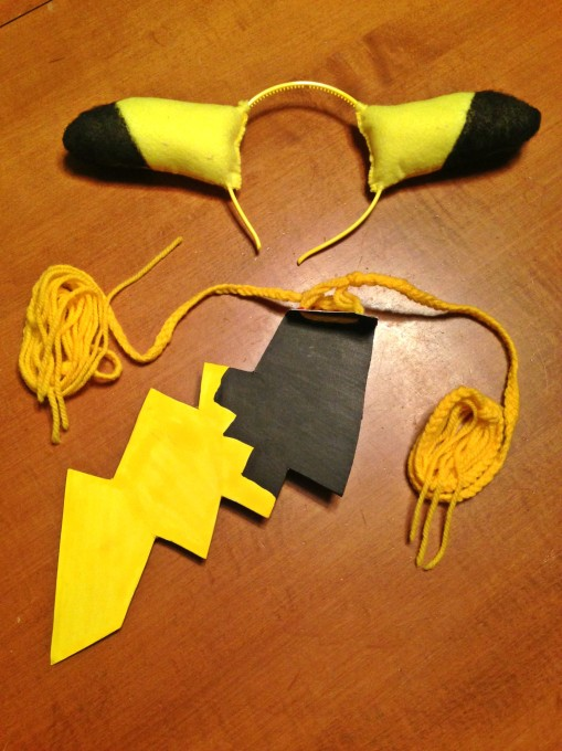post-pikachu-diy-costume-07
