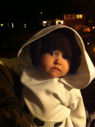 leia-in-princess-leia-hat